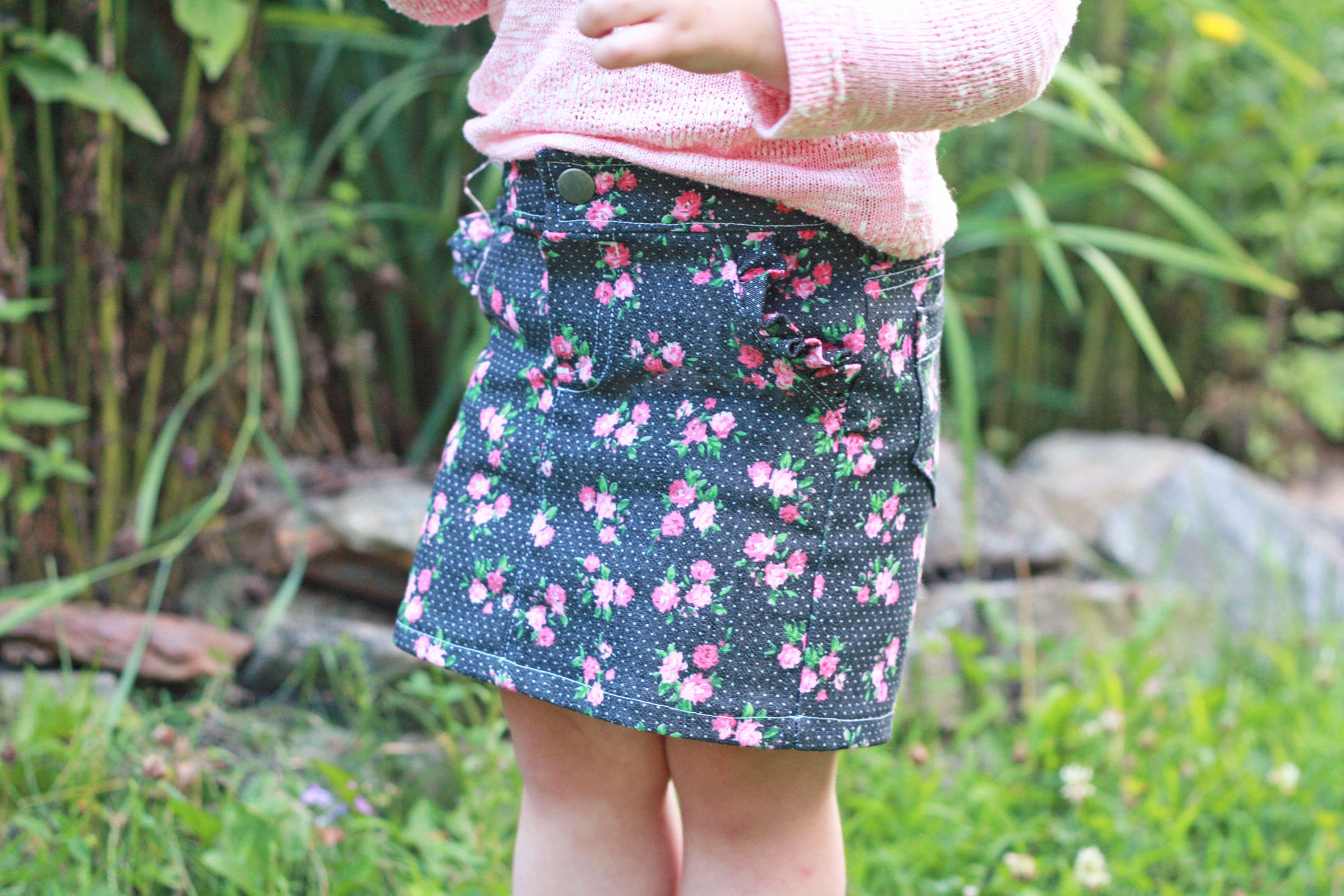The Linden Shorts & Skirt Pattern is loaded with options perfect for both boys and girls.There are two short lengths; long is designed to hit at the knee, while the short version hits just above mid thigh. The pattern also comes with a skirt option that hits just above the knee. All versions come with multiple hem finishes, three front pocket and four back pocket options, an optional back yoke, and three waistband choices. You can create so many different looks with just one pattern!