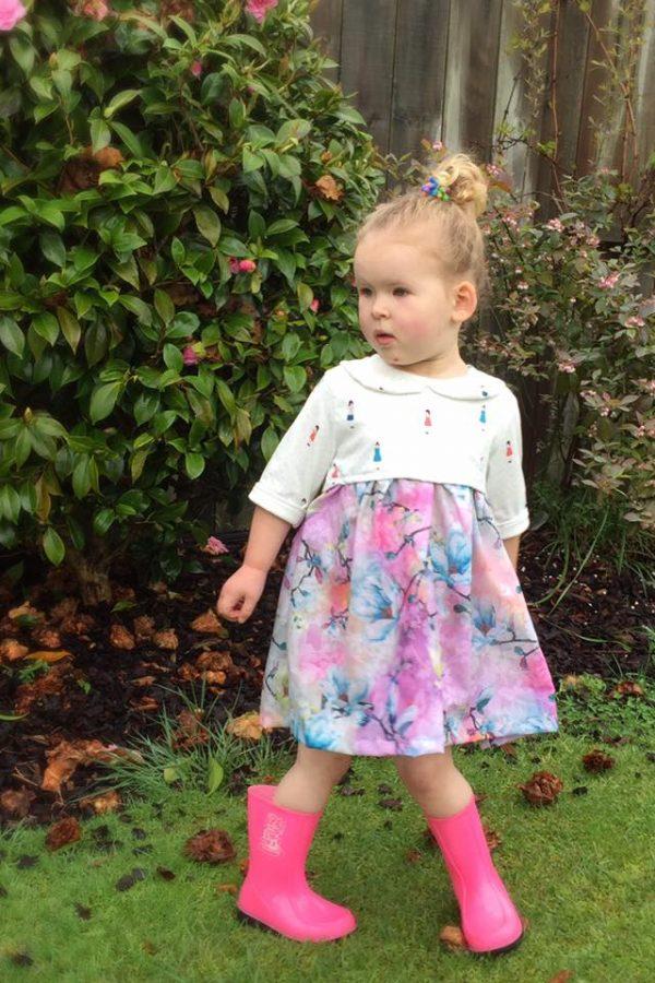 SN Size 4 high waist dress