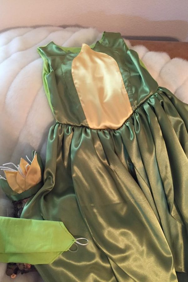 BB Dress with leaves