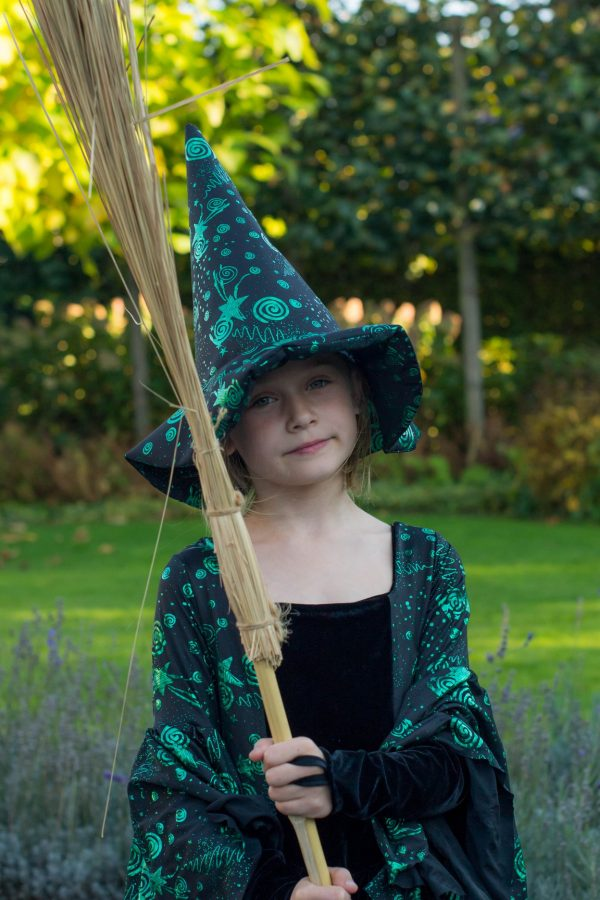 DI Witch hat 2